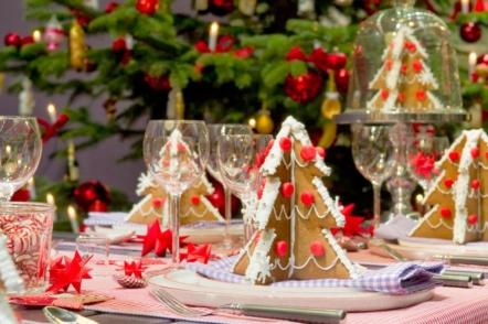Новорічний декор столу - прикрашаємо страви