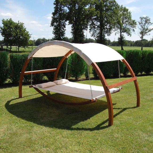 гойдалка-ліжко з навісом