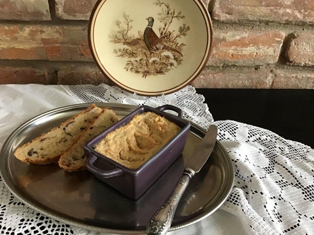 Дієтичний паштет з індички чи курки — і до свята, і на сніданок
