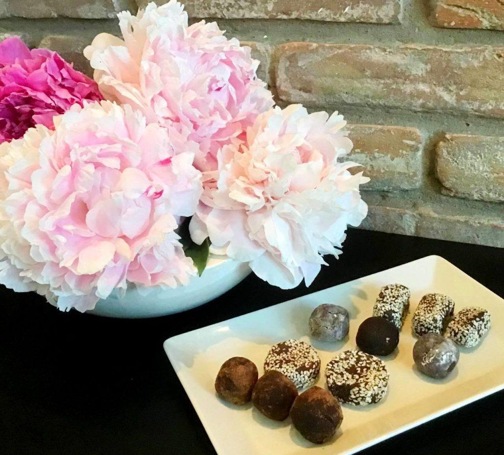 Шоколадні домашні цукерки з м'ятою — швидке приготування, вишуканий смак