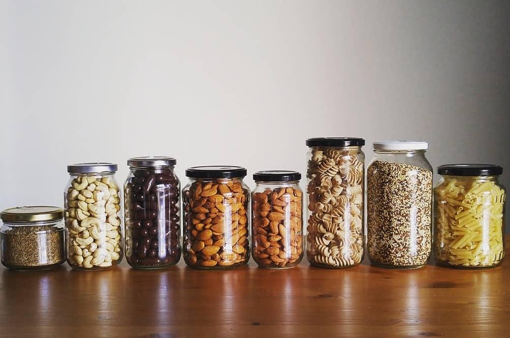 Пусті банки використовуйте для зберігання спецій, чаю, ґудзиків, тощо