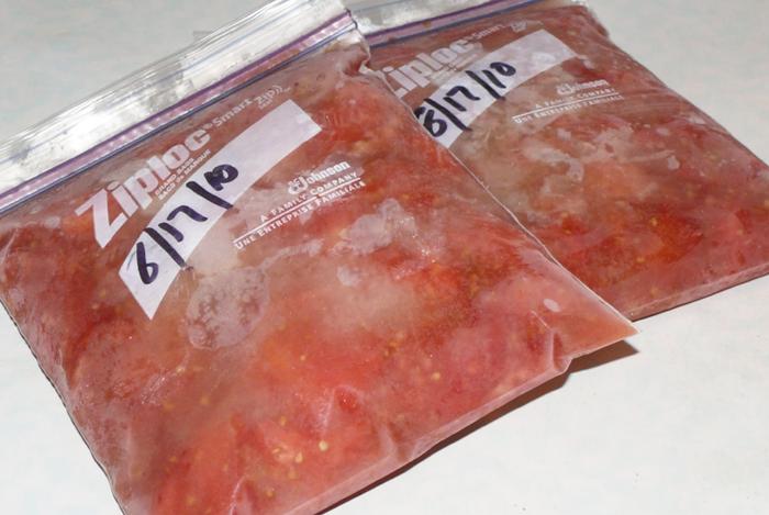Як правильно заморозити томатну заготовку для страв