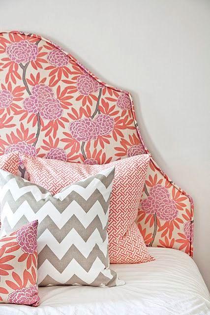 Узголів'я ліжка з тканини