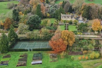 За словами Вері, потаже Barnsley House був розміром з тенісний корт