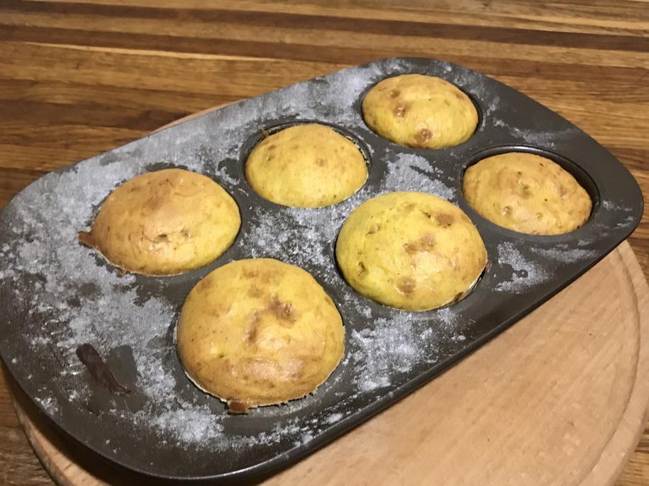 Випікаємо кекси з гарбуза півгодини при температурі 180 градусів