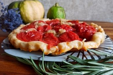 Прованський пиріг з томатами за рецептом Євгена Клопотенко