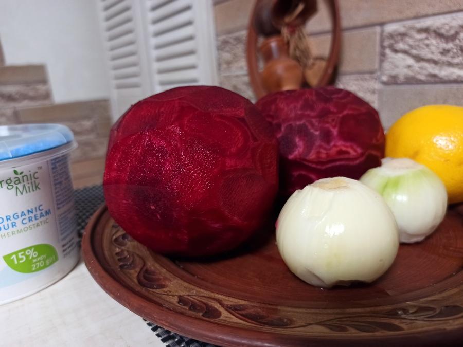 Основні інгредієнти для гуцульського борщу