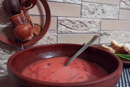 Гуцульський борщ — без картоплі та капусти