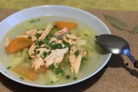 Суп з червоної риби, а саме з хребта лосося