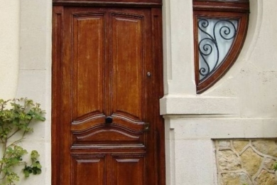 Цікаві за формою двері