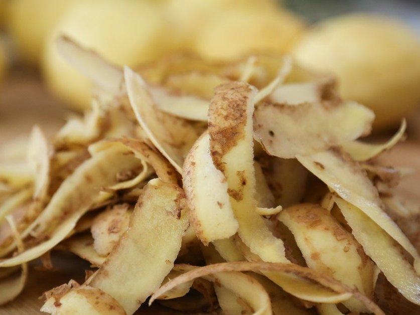 Массажуйте руки очистками кожного разу, як чистите картоплю