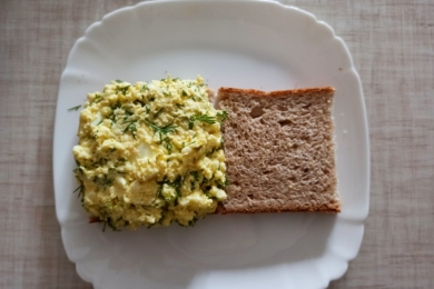 Додаємо яєчний салат