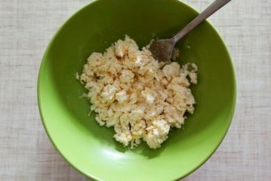 Перемішуємо інгредієнти соусу