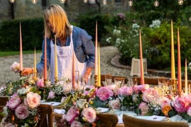 Кожна з троянд «весільної колекції» має свій стиль і характер. Кожна з них демонструє переливи кольору, текстури та аромату
