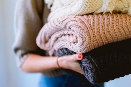 Організація шафи з одягом, або Як позбутися безладу